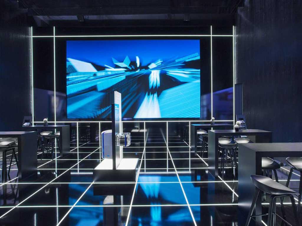 Heller Designstudio, Mercedes-Benz Energy, Messeauftritt